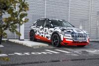 Tysiące chętnych czeka na Audi e-tron. Ceny od 80.000 EUR
