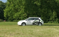 Nissan Leaf we flocie Quriers