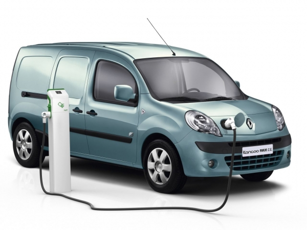 renault kangoo maxi z e. Black Bedroom Furniture Sets. Home Design Ideas