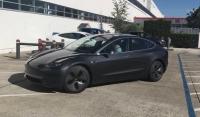Tak wygląda Tesla Model 3 o numerze #003