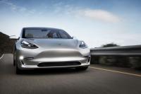 Tesla wyprodukowała 30.000 Modeli 3. Dziennie produkowanych jest 500