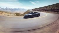 Tesla Model S ładowana z agregatu i tak zużywa mniej paliwa niż oszczędny diesel